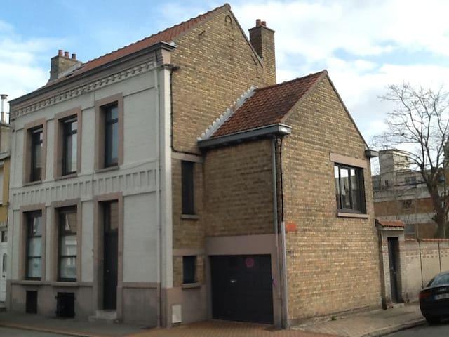 Malo-les-Bains Dunkerque, grande chambre sous toi