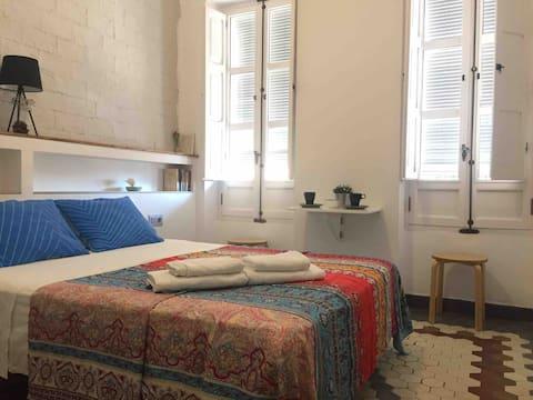 Room&private bathroom close to Ruzafa LGTBFriendly