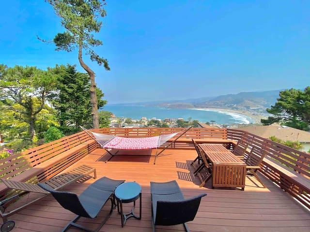 Luxury Beach View Apartment (now extra sanitized)
