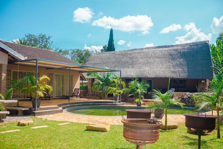 Ndlovukazi Bulawayo Villa holiday home
