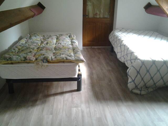 Chambre double en mezzanine