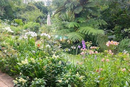 Garden Paradise, Hillcrest, KZN - Hillcrest
