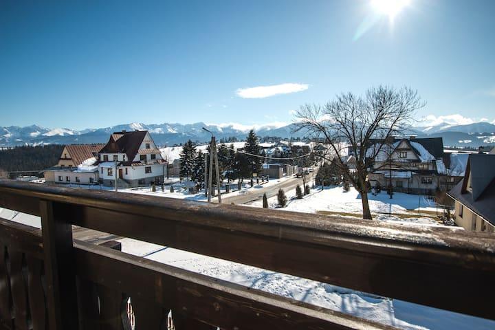 Widok z balkonu apartamentu 1
