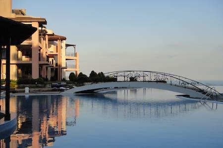 Beautiful and stylish apartment Kaliakria Resort