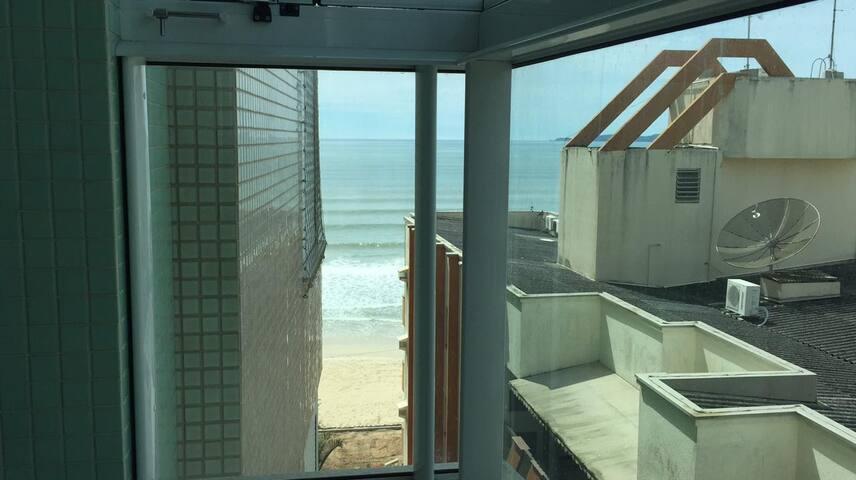 Apartamentão Beira Mar Praia Central Itapema