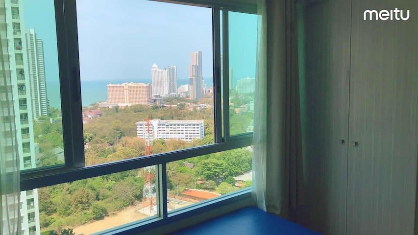 Lumpini公寓/21航站楼/市中心/海景房/交通便利/设施完善/健身房/v:xtl3000优惠