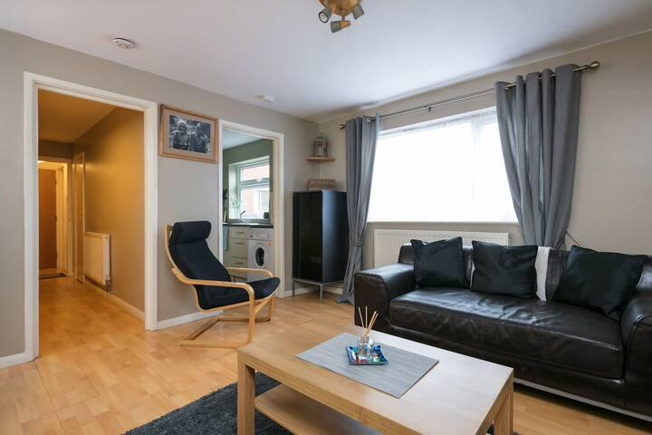 Cosy 2 bedroom appartment,  Liverpool.