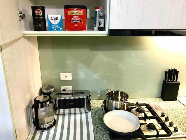 Full kitchen, coffee and tea.