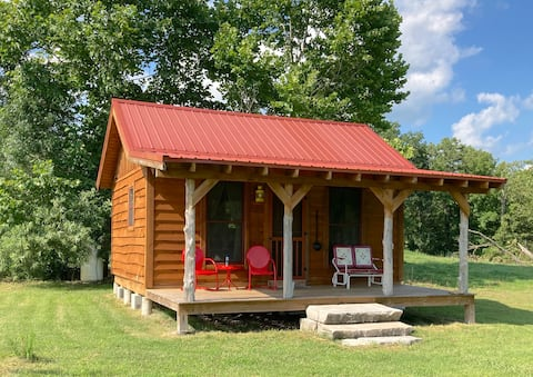 Peaceful Country Cabin, relax, refresh and renew