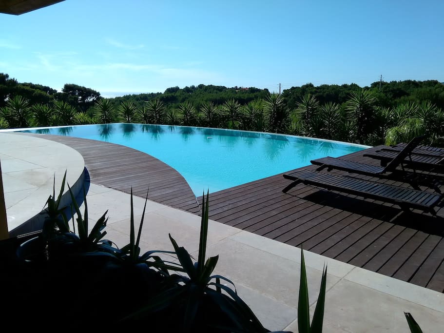 Infinity Pool (Vista Mar)