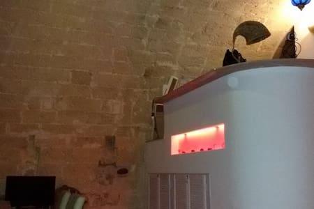 Casa indipendente - Canosa di Puglia - 단독주택
