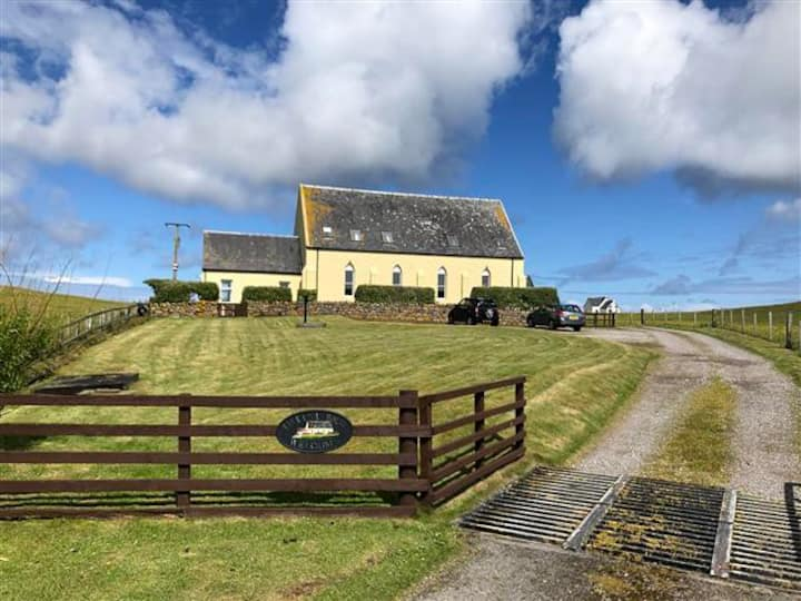 Kirkapol House - Beach Apartment - Tiree