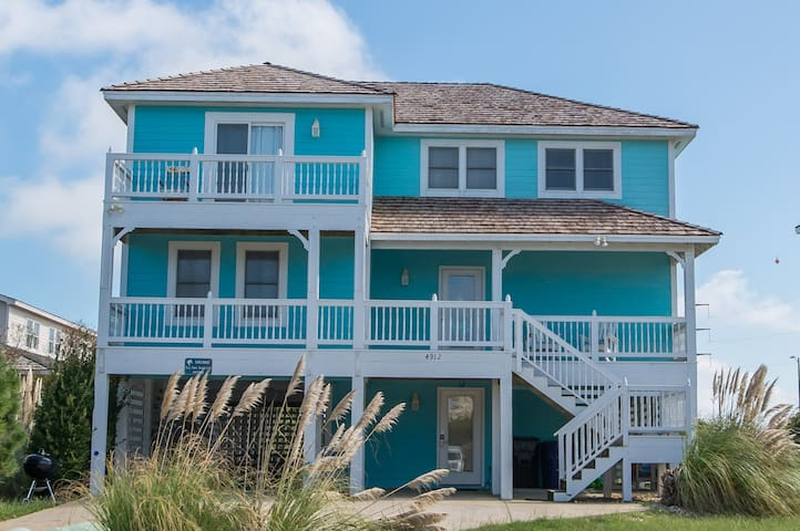 K1241 Beach Nutz.  Hot Tub, Community Pool, Foosball, WiFi, Great Location! | 5 Bedroom, 4 Bathroom