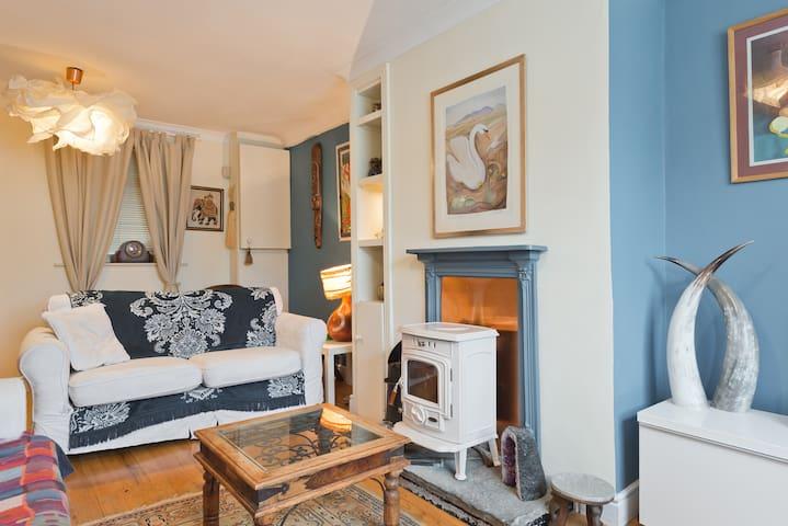 Lawlors Hotel, Naas, Ireland - tonyshirley.co.uk