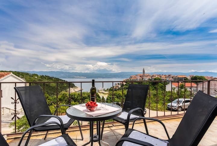 Apartment Kizi with nice sea view