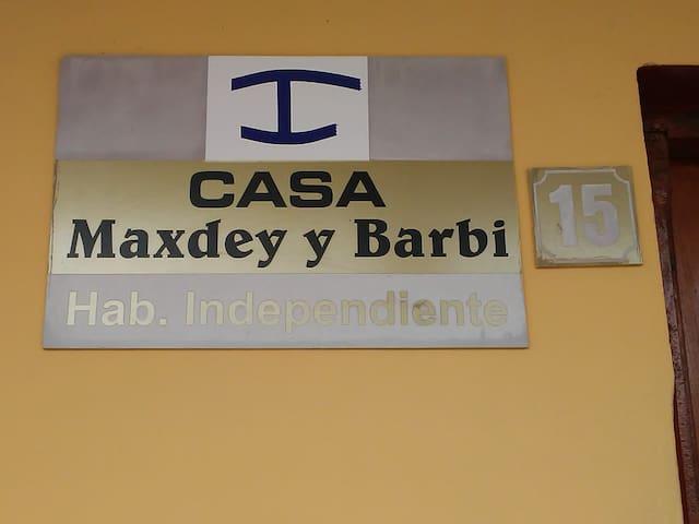 Nuetra casa Maxdey y Barby Num:15