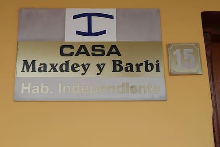 Casa Maxdey y Barby:Experiencias Inolvidables.Wifi