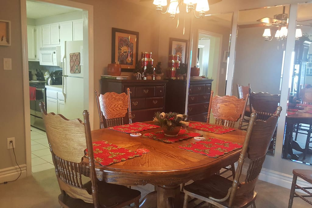 Dining area  decorated for Christmas