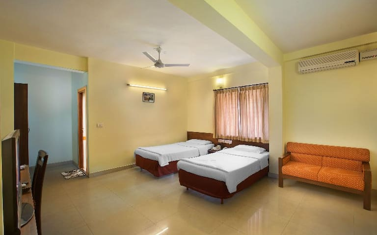 Luxury Stay at Affordable Prices near MG road