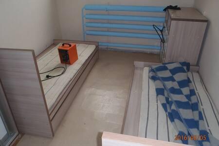 Сдам комнаты для проживания в хостеле (общежитии)
