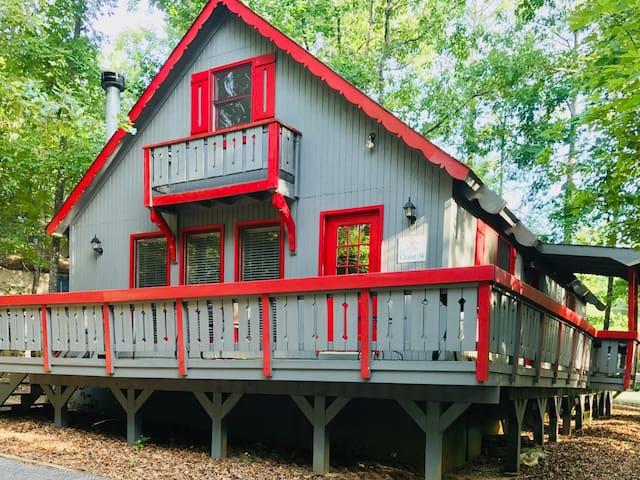 Firefly Cottage - A Delightful Family Chalet