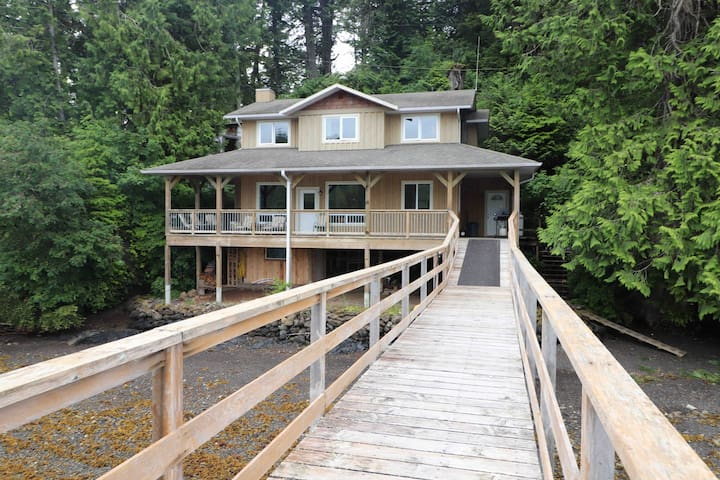 Kyuquot self service cottage ,fishing paradise.