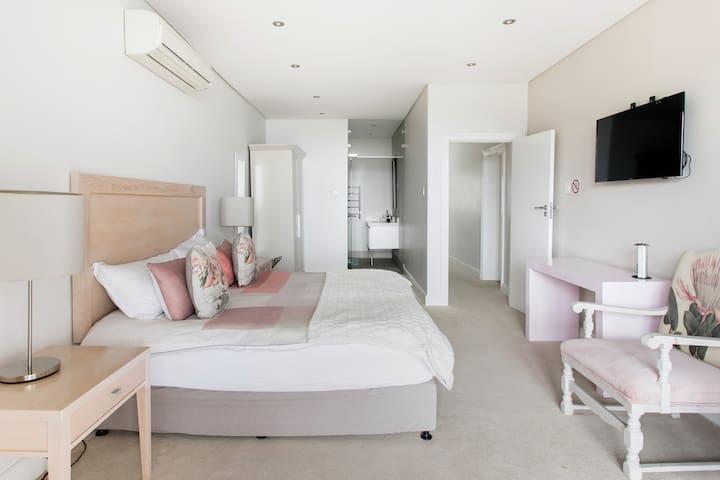 Phòng ngủ 5