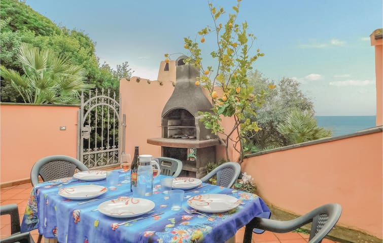 Holiday apartment with 3 bedrooms on 60m² in Cabras