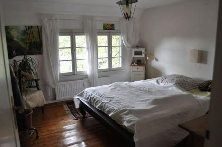 2 Zimmer im Fachwerkhaus mit Flair - Königswinter - Ev