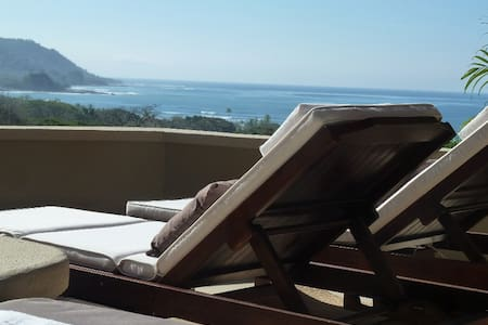 Beautiful 2bdr ocean view villa with privat pool - Talo