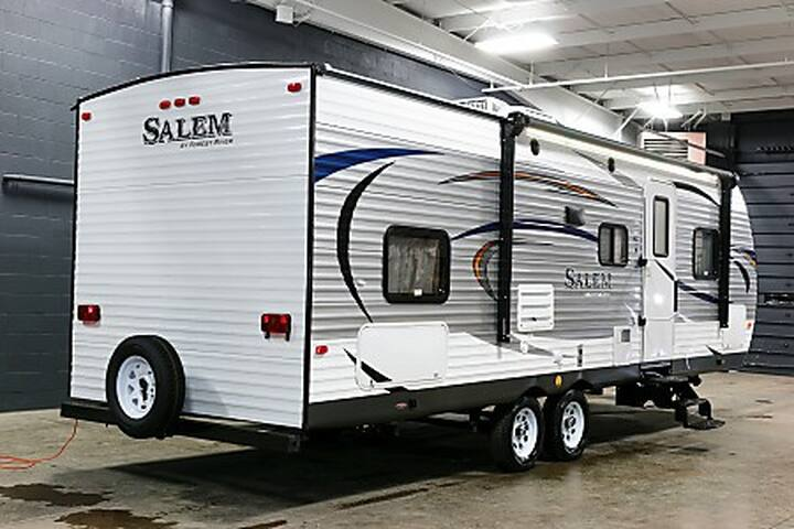 2017 Salem 27DB-17 - Hastings - Camper/RV