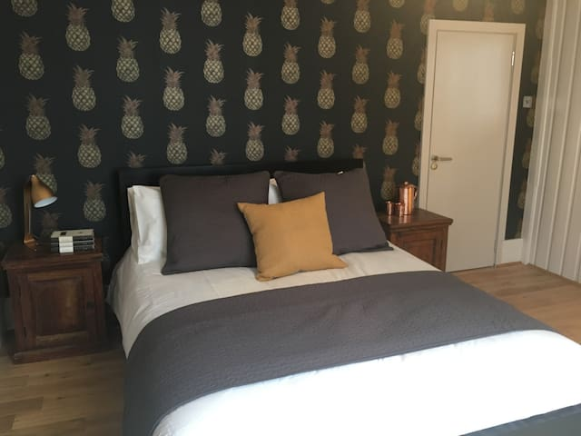 The Smith Rooms - Two Bedrooms in Earls Court - London - Rumah