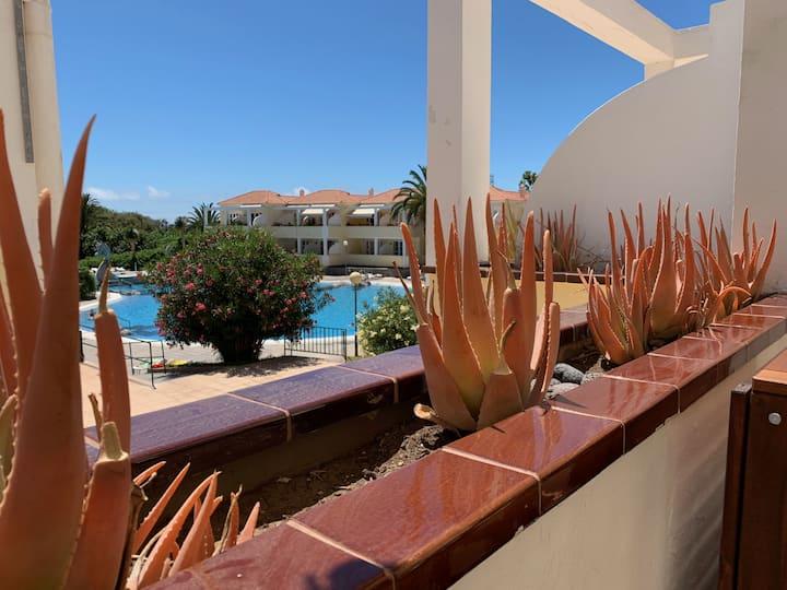 Monis Apartment mit Pool