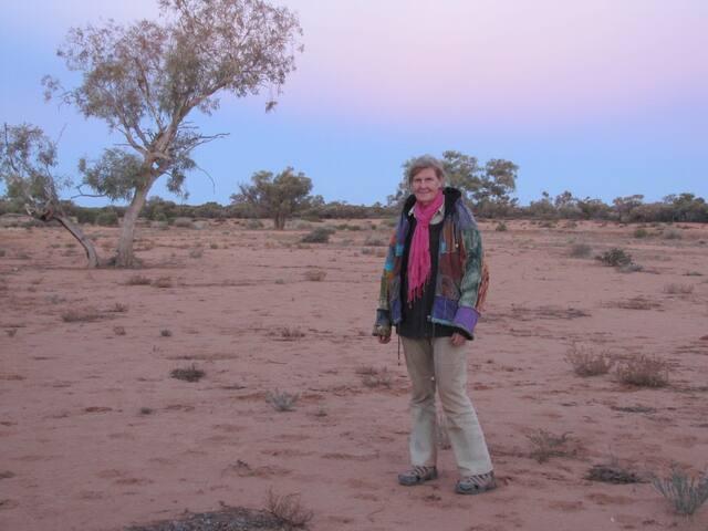 Host on a paleoentology trip