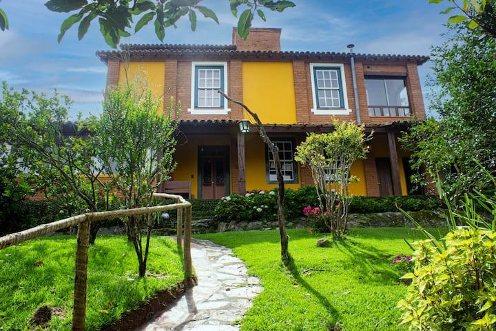 Casa de alto padrão em Ibitipoca - MG