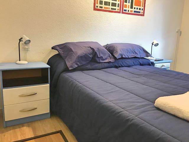Habitación privada con cama 2 plazas+baño privado
