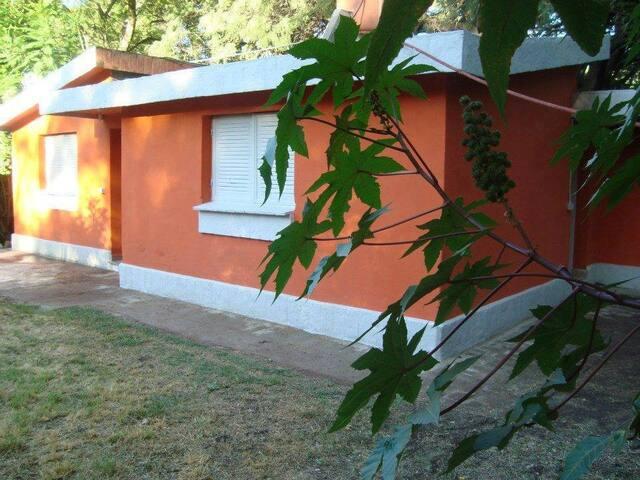 Hospedaje: Los Quebrachos Monoambiente P/2 Pers #2