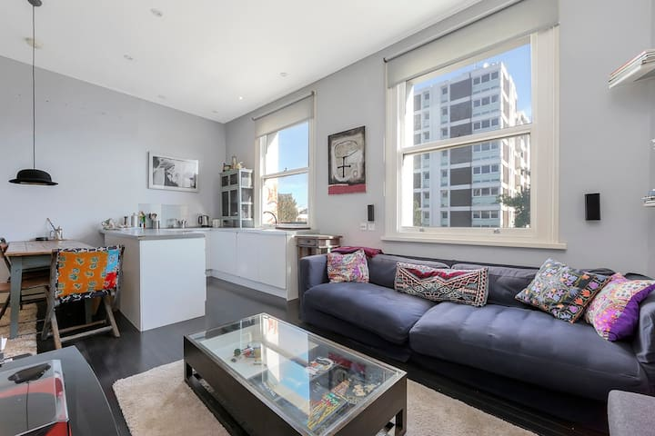 Amazing CENTRAL Notting Hill Flat - 2 MINS TO TUBE