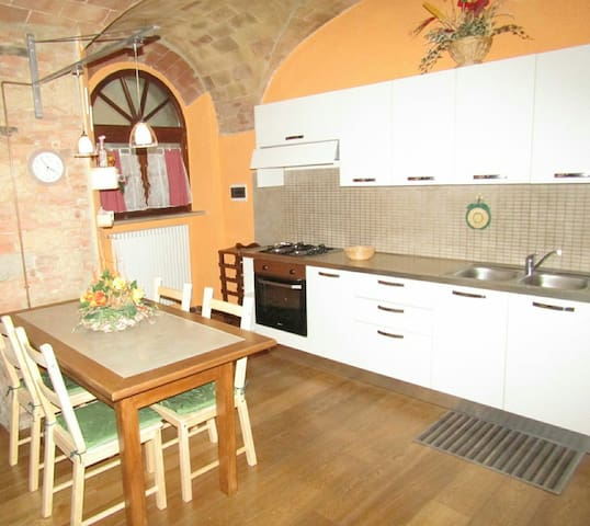 Casa Mascagni 51 - Pomarance - Byt