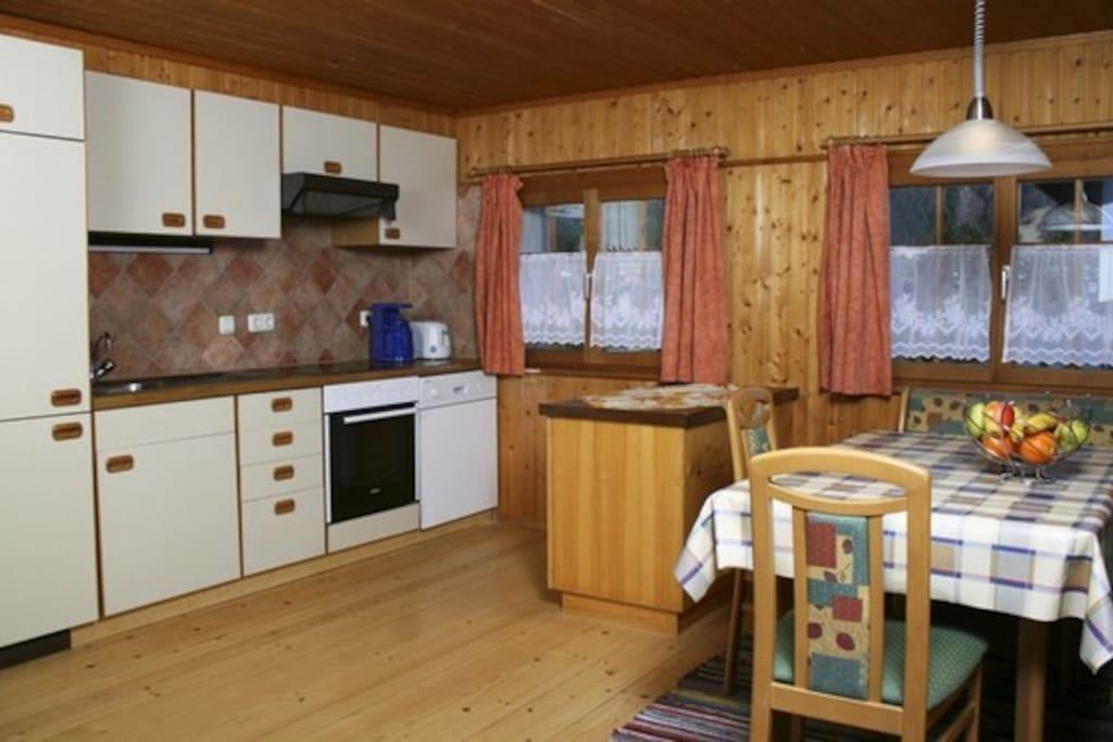 Wohnküche (Küchenzeile)