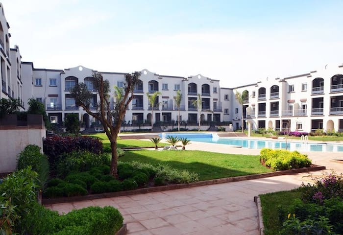 Appartement bien équipé, calme avec vue sur mer - Casablanca - Ferienunterkunft