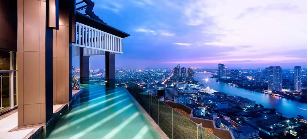 BKK Riverside, Stylish 1 Bed Apt. with Views!