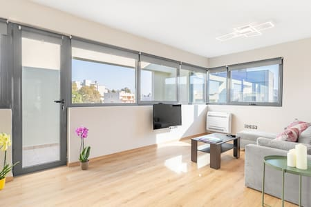 Apartment with panoramic view in Athens suburb