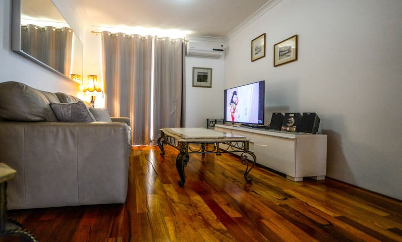 Comfortable 1 bm apartment n the middle of town - Fremantle - Apartment