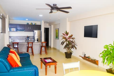 Ocean Front Luxury Apartment Chipipe Beach