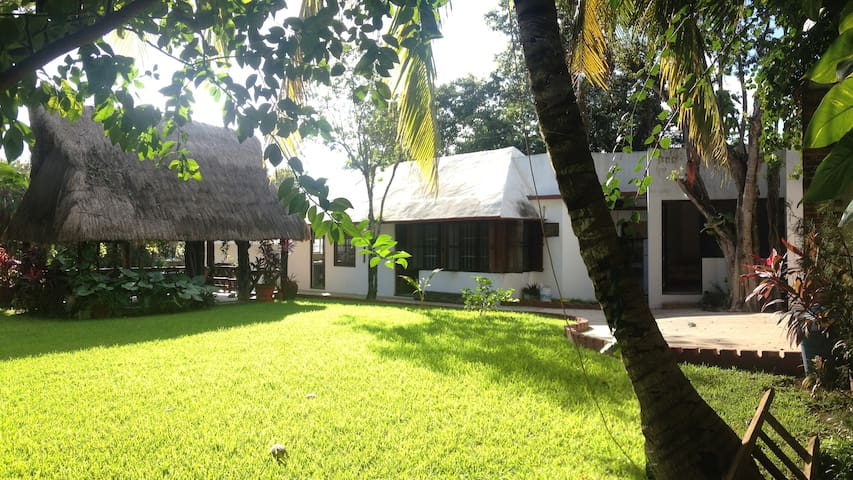 COUNTRY HOUSE 10min. from Airport - Alfredo V. Bonfil