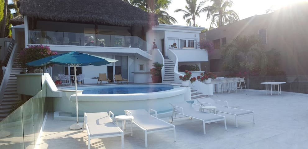 Renewed home La Punta