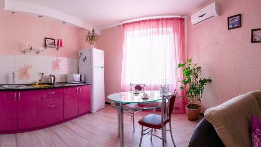 Апартаменты в центре города! - Omsk - Appartement