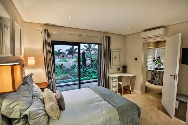 Sea Dreams: unexpected luxury in the Pearl Room