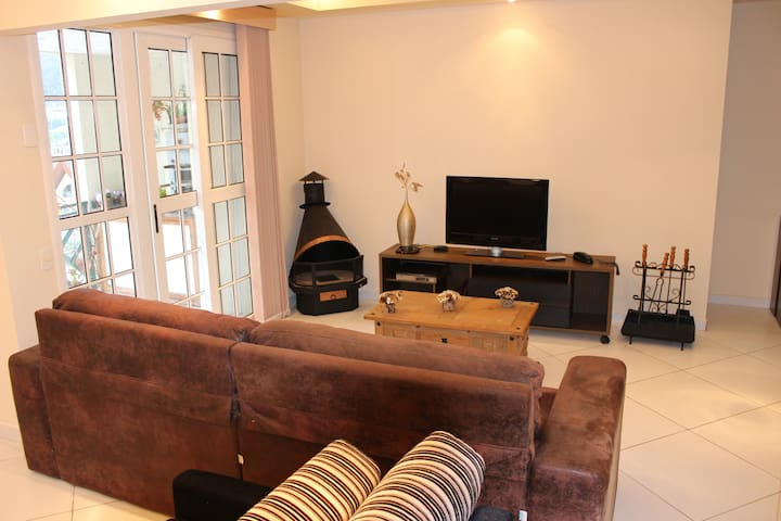 Apartamento completo no Granja Brasil Resort - Petrópolis - Apartamento